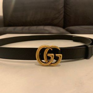 Black Slim Leather Gucci Belt